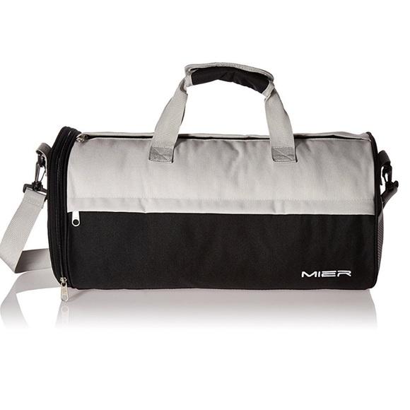 2d6a5fad704f Mier Barrel Travel Sports Bag. M 5a1b58704225be7aa808e8d6
