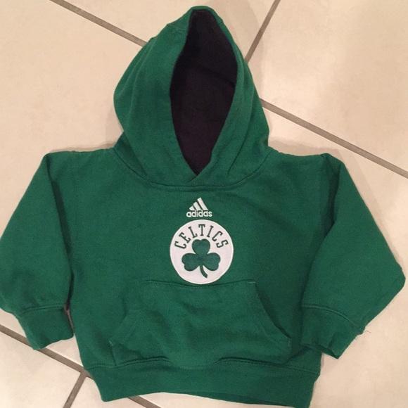 99066cb6c  ⬇️Boys Adidas Boston Celtics hoodie