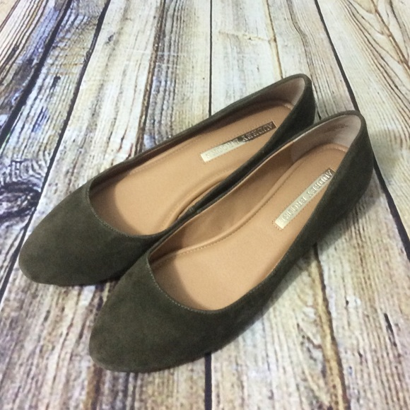 Womens Olive Green Suede Flats