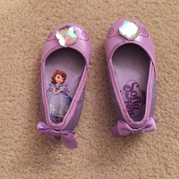 a860702befd Disney Other - Sophia the first shoes size 5 6