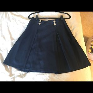 ♣️The Limited♣️ Navy Pleat Skirt