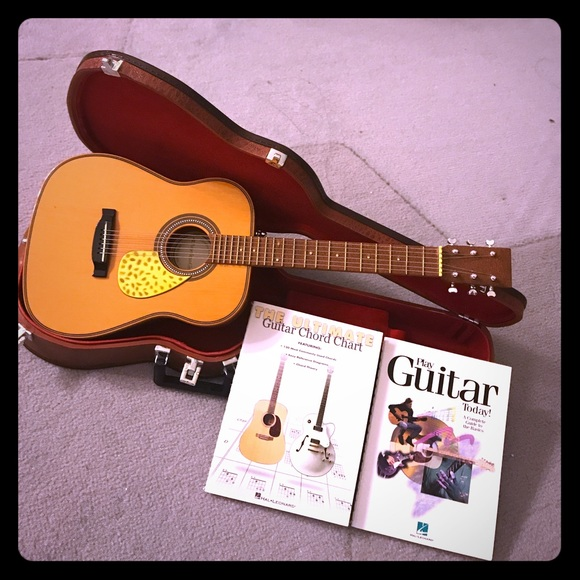 """American Girl AG Guitar Set with Instrument Case and Music Book 18/"""" dolls"""