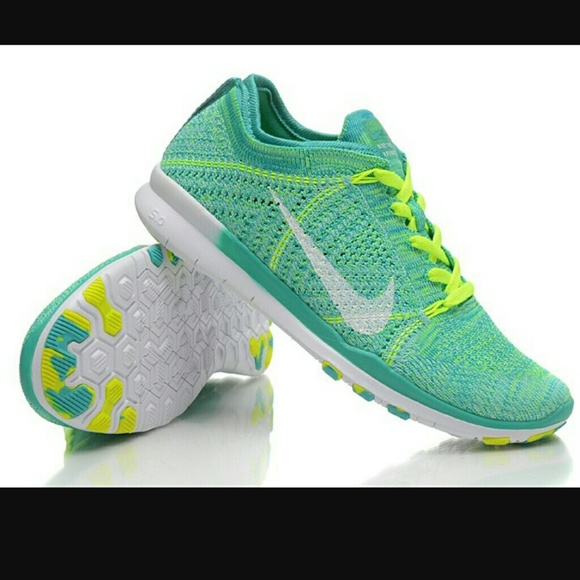 new arrival 01d7d 6346d Nike Free TR 5.0 Flyknit Women s Training Shoes. M 5a1b66d73c6f9fd354095446