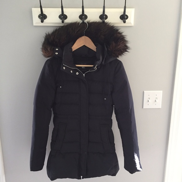 b1857bc5b Zara women's navy down puffer size S. Like new.