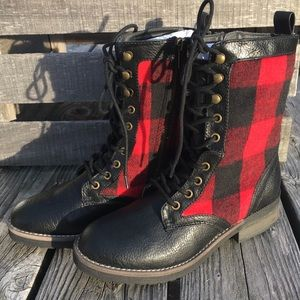 cbcb0d429 Steve Madden Shoes - 🆕List! Madden Girl Red Flannel Combat Boots! NEW!