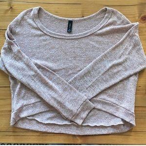 Nollie sweater crop top
