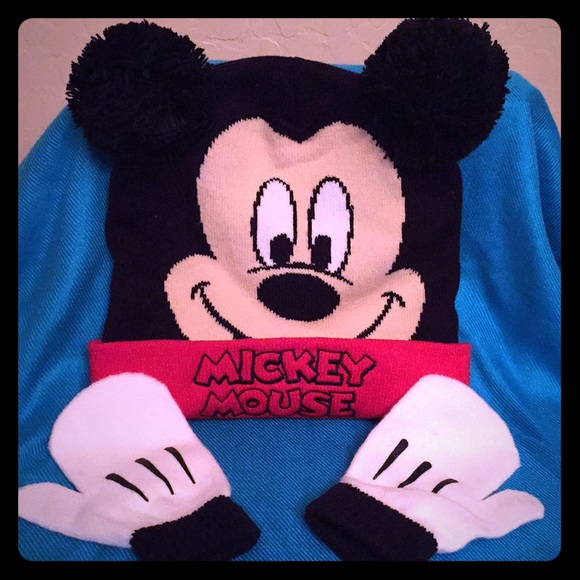 Disney Other - 😝HP 4 12🙃 Disney Kids Mickey Mouse Hat   Gloves 98315f61ed0a