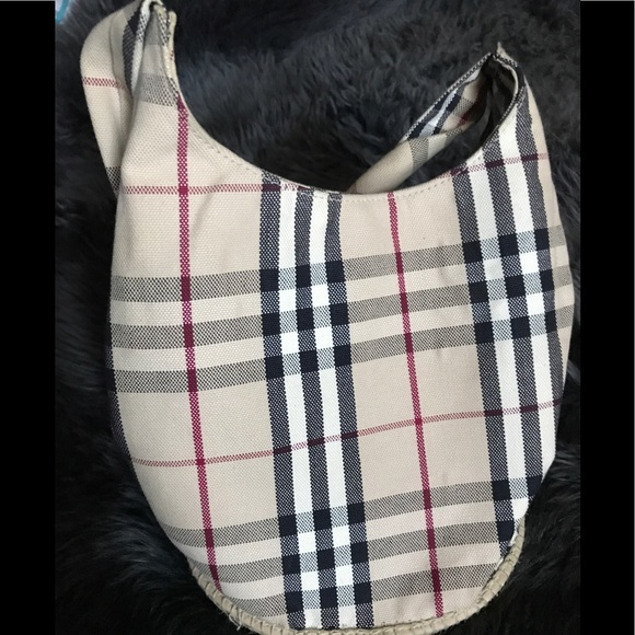 be6cfcf3872 Burberry Handbags - Burberry Nova Check Bucket Bag