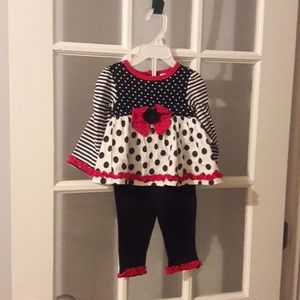 Other - BABY 2 PIECE SET size 9M