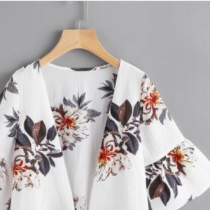 NEVER WORN! SHEIN floral top