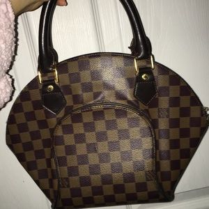 Authentic Cute Small Louis Vuitton Hand Bag