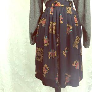Vintage Jones New York Crown Print Skirt
