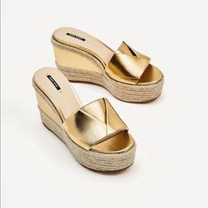 Zara Basic Gold Wedge size 40UK/10US