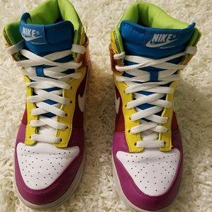 Women's Nike Dunk Hi Premium