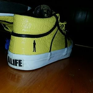 cc655d29546115 Alife Shoes - ALIFE X Barneys New York Collaboration Shoes