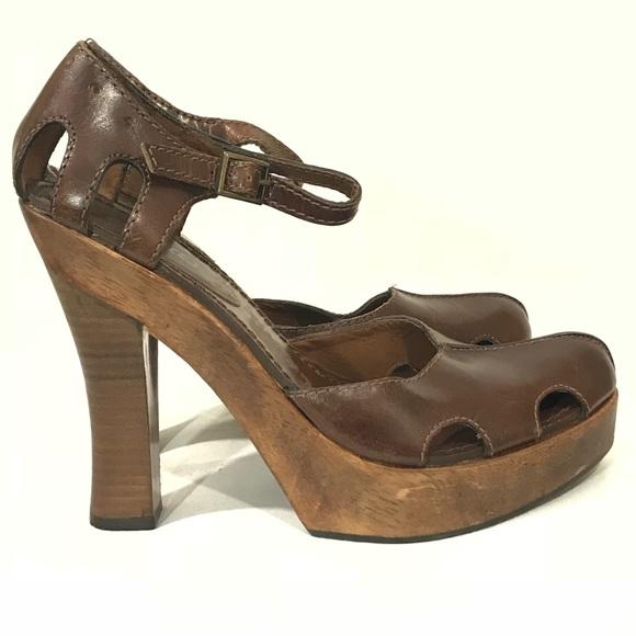 e438fdda274 XOXO Wooden Heels Platform Brown Leather Ankle. M 5a1ba07613302a77750b038e