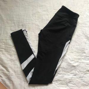 Zella B&W leggings