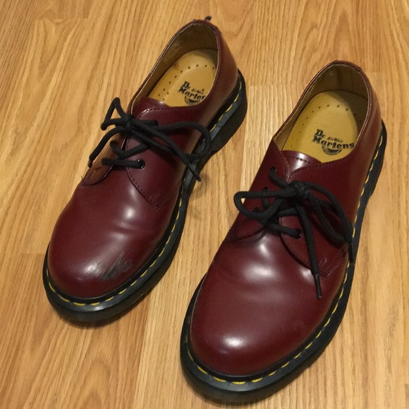 new authentic new varieties best choice Doc martens boots low cut size 8 in women