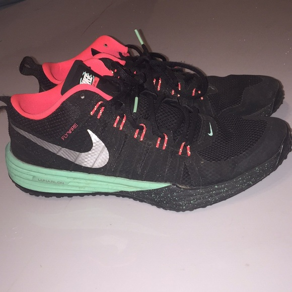 best service b6a30 e80ea Nike Lunar TR1 Flyknit. M 5a1bc11a2de51246810b3a41