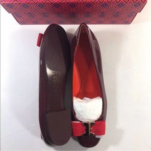 132d223cb38 Tory Burch Shoes - Tory Burch Leather Flat GEMINI LINK BOW Ballet