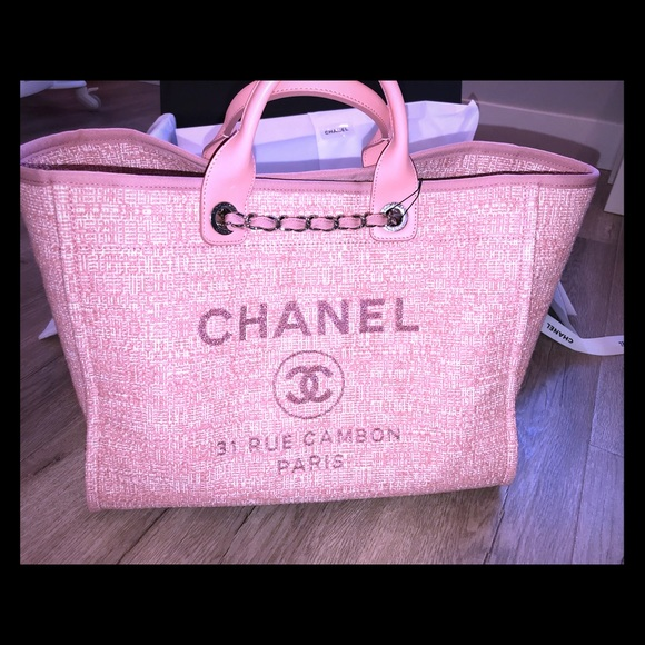 67eaf74af909 CHANEL deauville Large Tote In Pink