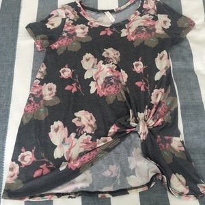 Floral Tee from Vici Collection