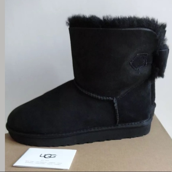 e33298c6f0b UGG NAVEAH BAILEY BOW SUEDE ANKLE BOOTS SZ 10 NEW NWT