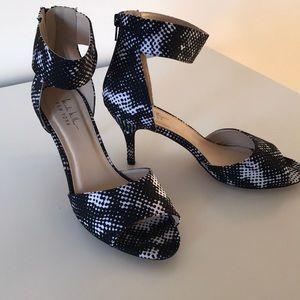 Nicole Miller NY B&W Heels Size 9