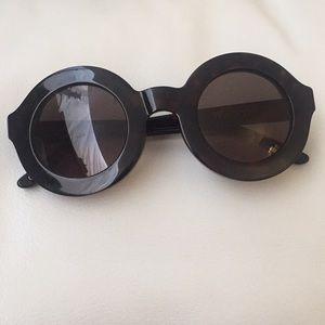 SALE! Perfect Wildfox sunglasses