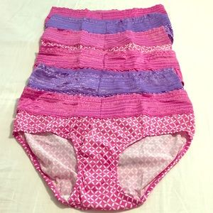 Six pairs of Warners hipster panties