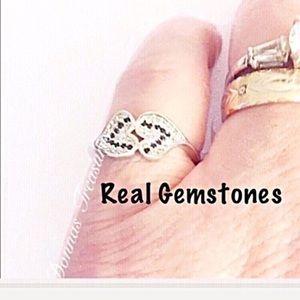 Jewelry - 🎅🏻Black & White Sapphire & Topaz Heart Ring
