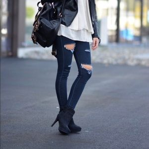 Chinese Laundry Black Suede Booties/Boots