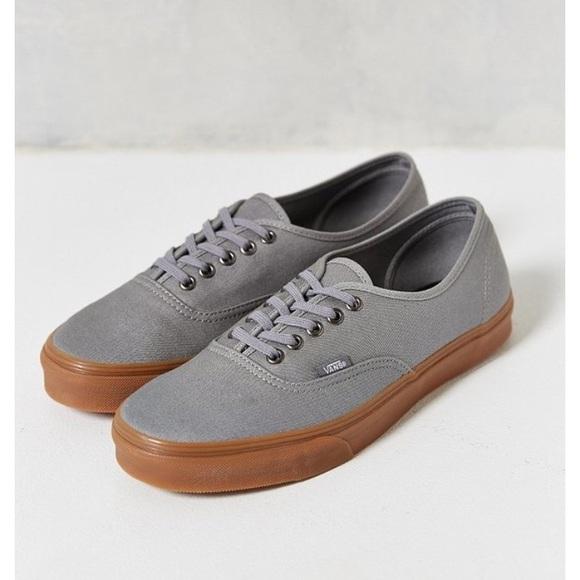 c4d82118bb Vans Authentic Gum Sole Sneakers. M 5a1c46d598182963330c79df