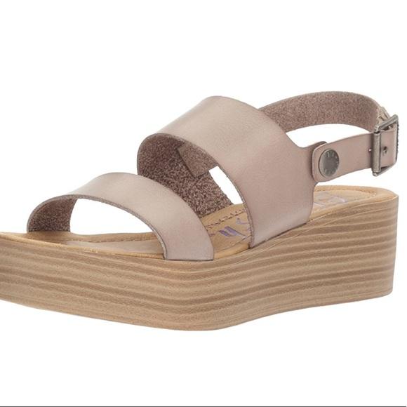 bbe69f678ba2 Blowfish Lola Platform Sandal Size 10
