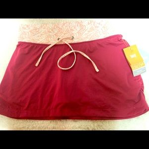 NWT Lucy Wade Out skort
