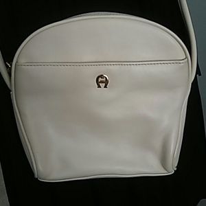 ETIENNE AIGNER IVORY-CREAM LEATHER CROSSBODY BAG