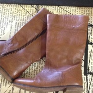 Zara girl brown riding leather boots. Knee high
