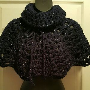 Sweaters - Crochet Poncho Capelet Shawl houlder hug Shrugs