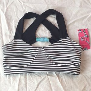 NWT Betsy Johnson reversible bra top L