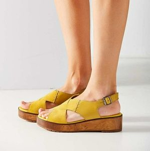 Urban Outfitters Mustard Color Sandals