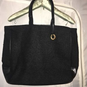 GIVENCHY PERFUMES BLACK TOTE WITH EMBLEM