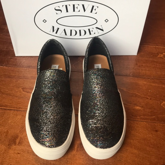 104aa65fa07 Brand New Steve Madden Gills Slip Ons 7.5