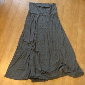 Versatile GAP maxi skirt with fold over waist