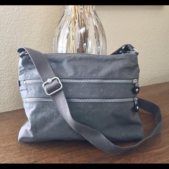 0335683f8 Kipling Handbags - 🌹Kipling Alvar Crossbody Bag