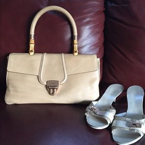 Gucci tan leather and bamboo handle bag