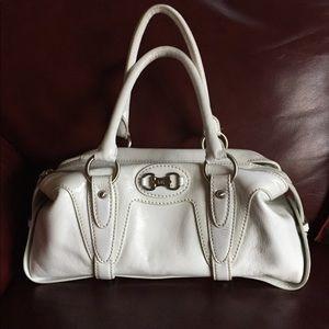 Michael Kors bag EUC white leather
