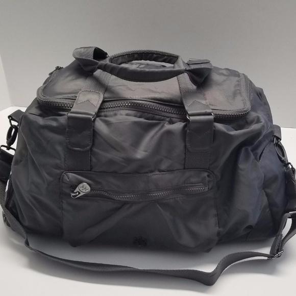 ae8f776c4a Kyodan Handbags - Kyodan Gym Duffle Bag Gray Pink Lining Nylon