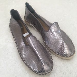 New DV for Target pewter flat espadrilles 7.5