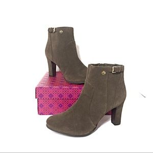 5964005ce9708 Tory Burch Shoes - NEW Tory Burch Milan Suede Ankle Heeled Boots