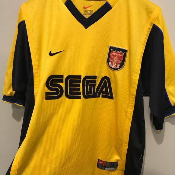 d5d90f034ca Vintage Nike Arsenal Football Club soccer jersey. M_5a1c8521291a358dd20d97d1